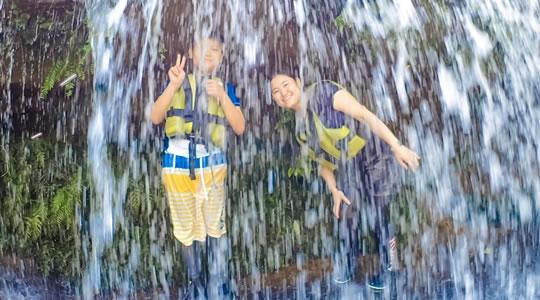 西表島ナーラの滝