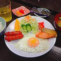 民宿の朝食