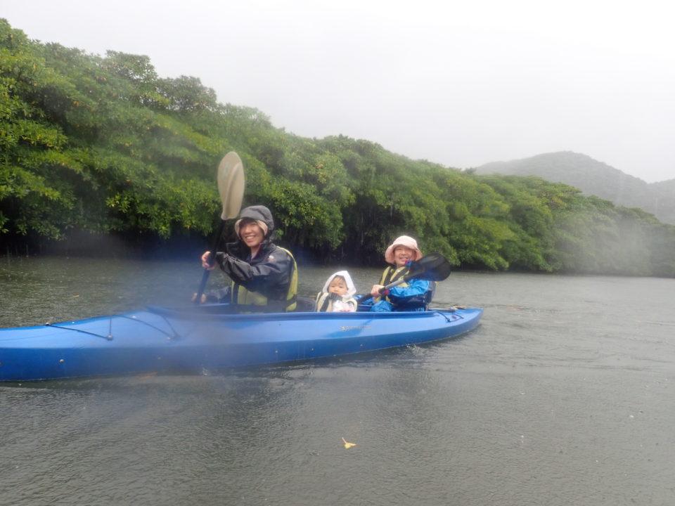 幼児と乗るカヌー