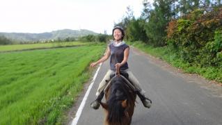 めぐちゃん・のりえちゃん乗馬0228 004