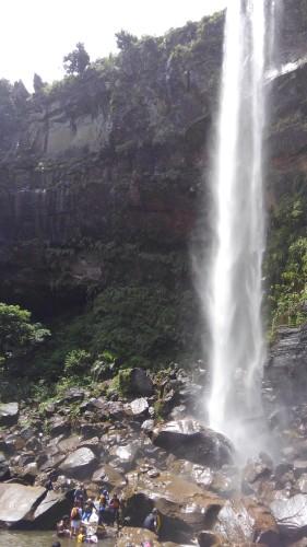 ピナイサーラの滝 半日コース